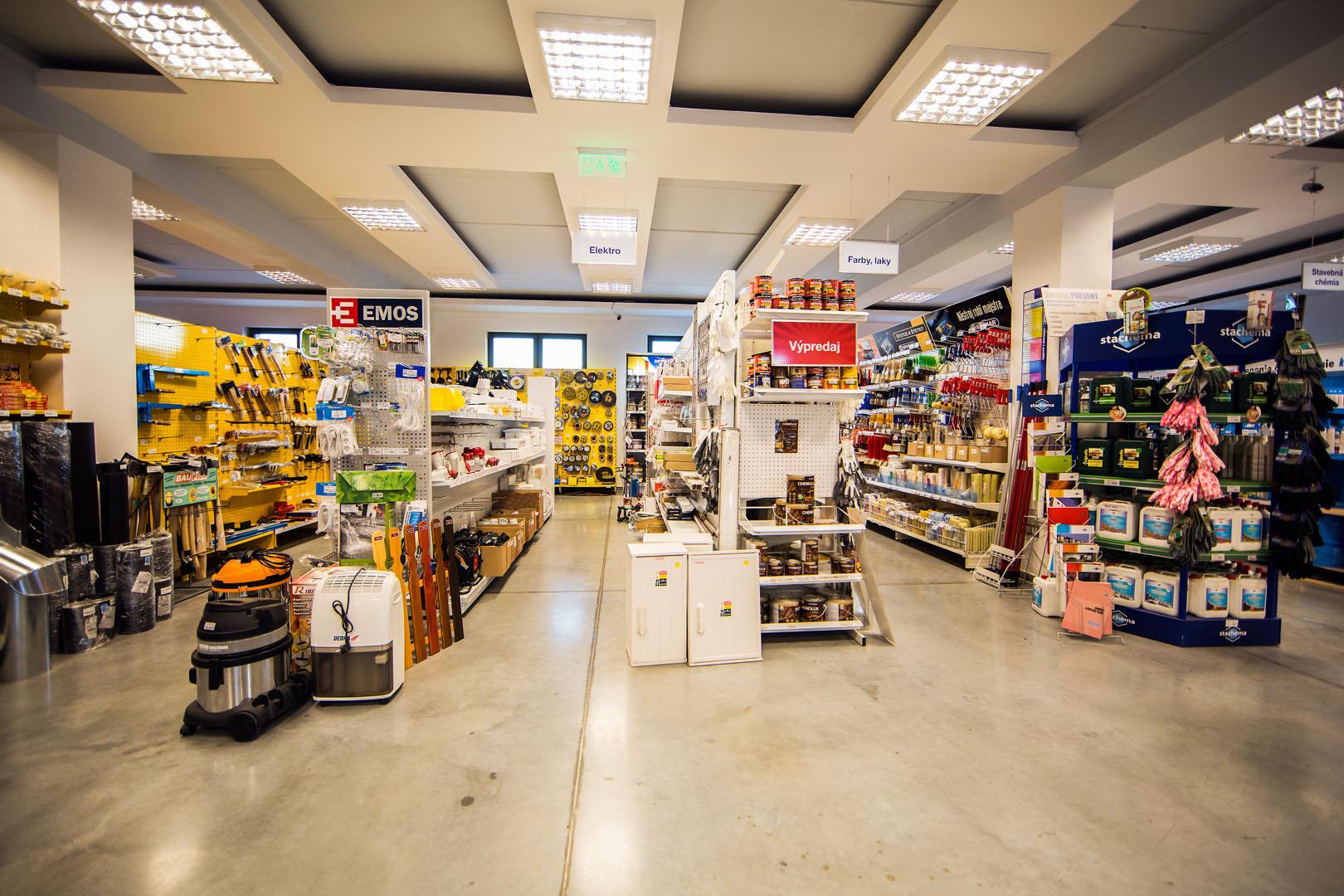 Predajňa stavebniny Raková